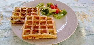 Vegetable and cheese waffles