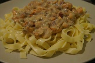 Salmon sauce and tagliatelle