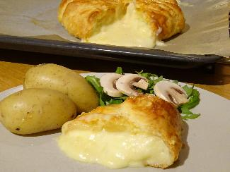 Oven baked Brie cheese