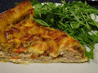 Taco pie with puff pastry crust
