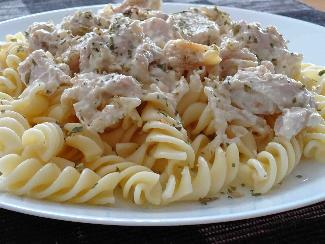 Chicken and blue cheese sauce
