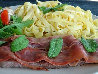 Veal with Italian prosciutto – Saltimbocca